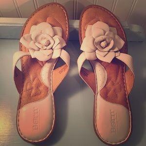 BORN NEW Leather Sandals-Flower Detail- Ladies 10